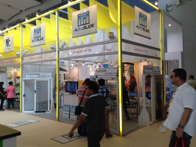 中国、公州交易会。 ここで日本の代理店、アースウォーカートレーディング社と提携を行われました。