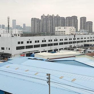 工場と設備
